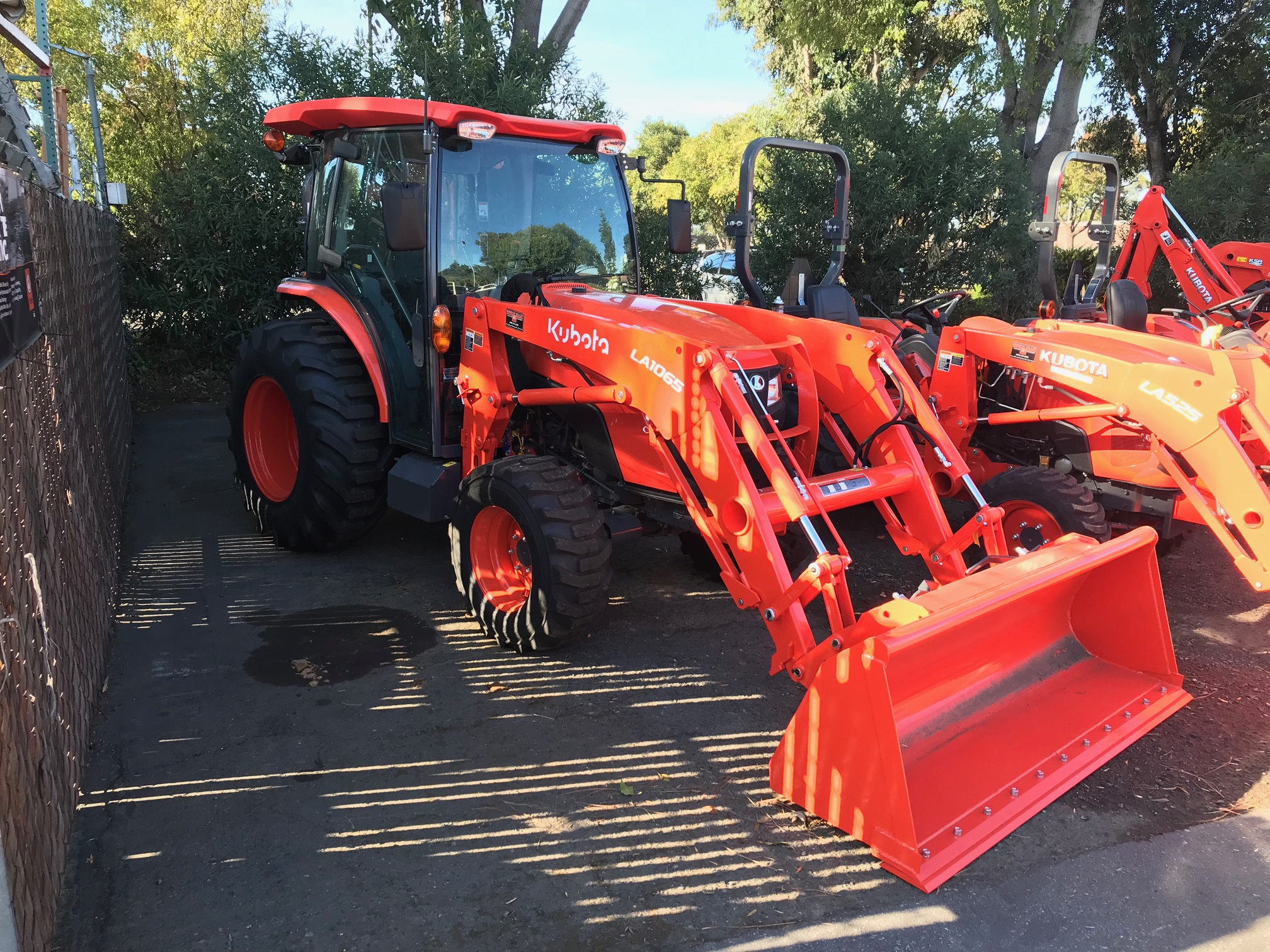 orange mx6000 kubota tractor